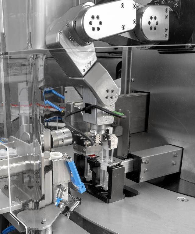 Applications with the Meca500 robot