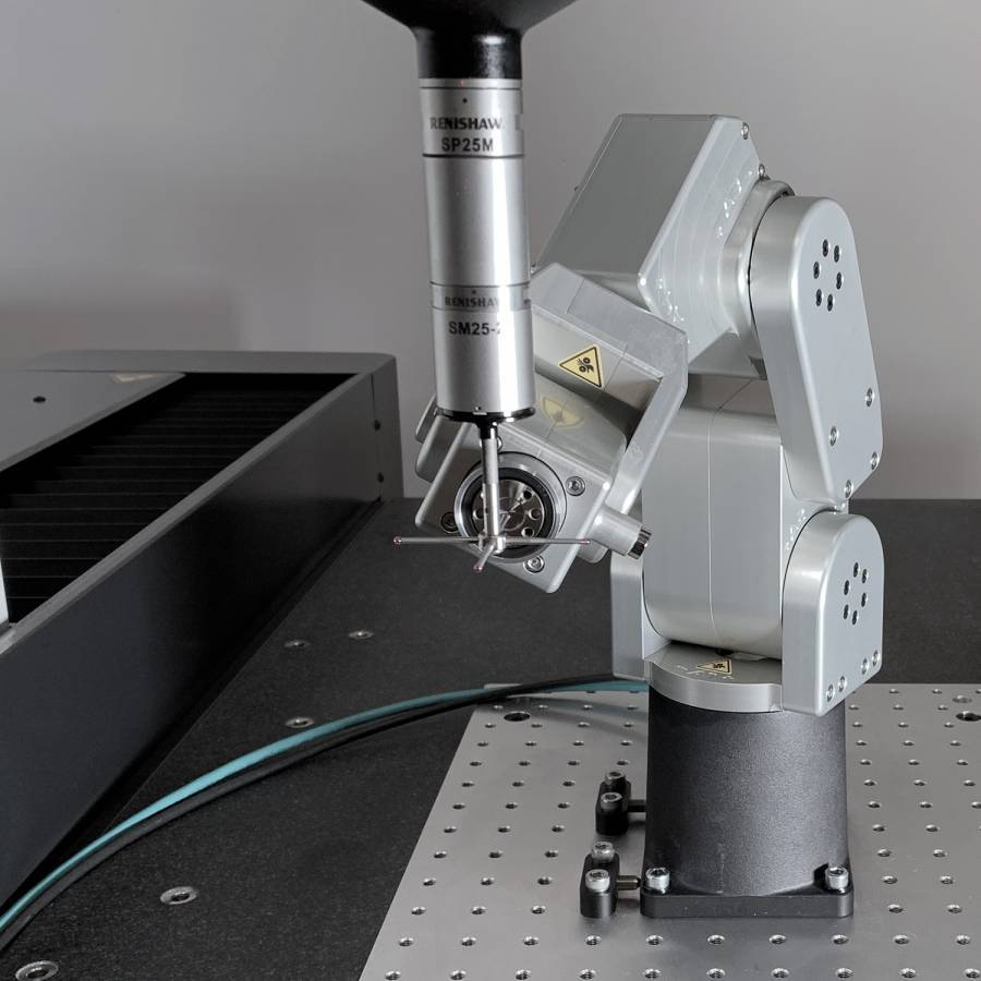 Calibrating the Meca500 with a CMM